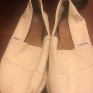 Toms cream color slip ons